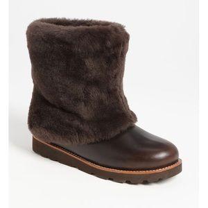 UGG Australia 'Maylin' Genuine Sheepskin Boot 6 🌿